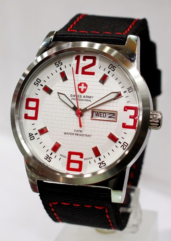 Swiss Army 2003 SS Red