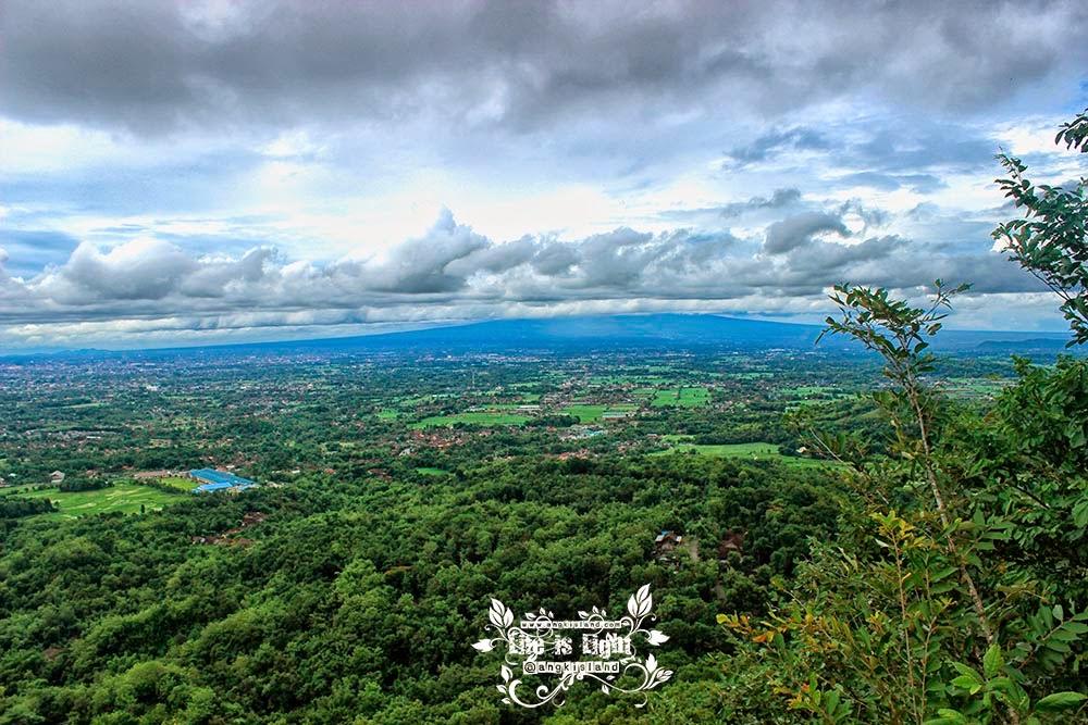 Bukit Mbucu Hill