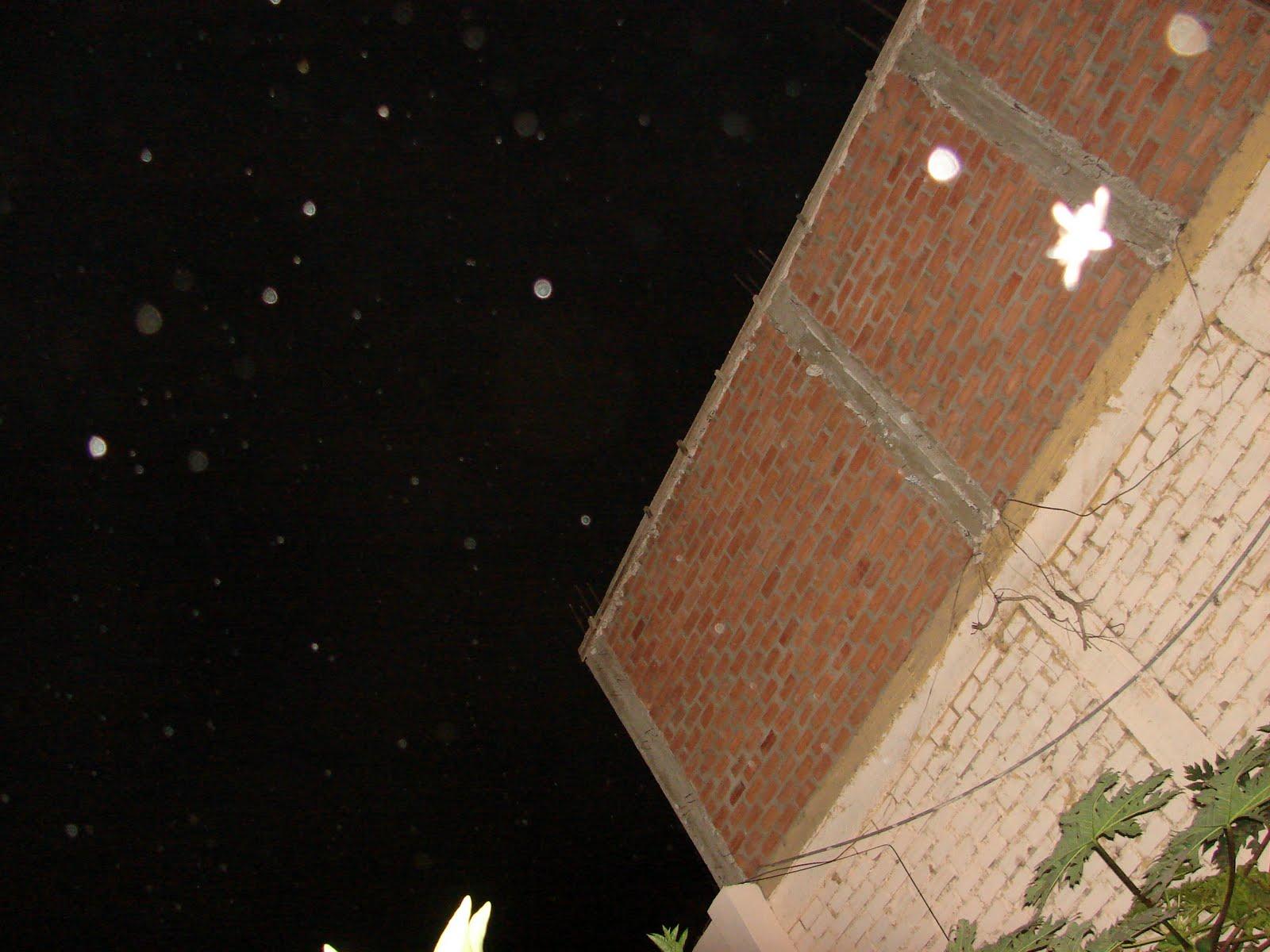 ATENCION-16-septiembre-17-18-19-20-21...2011 Ultimos super Avistamientos Ovni de LUZ en Cielo y par