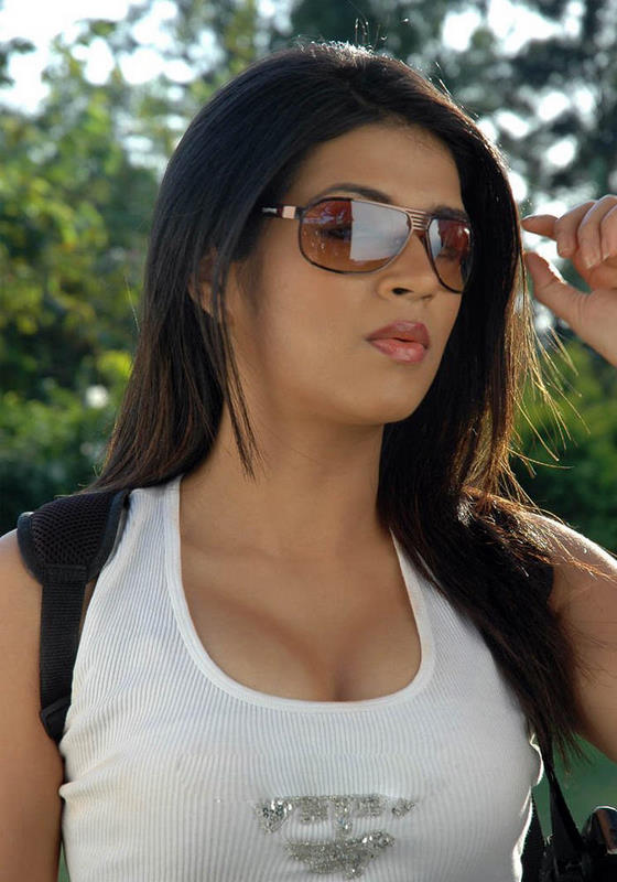 Shraddha+Das+Hot+photos