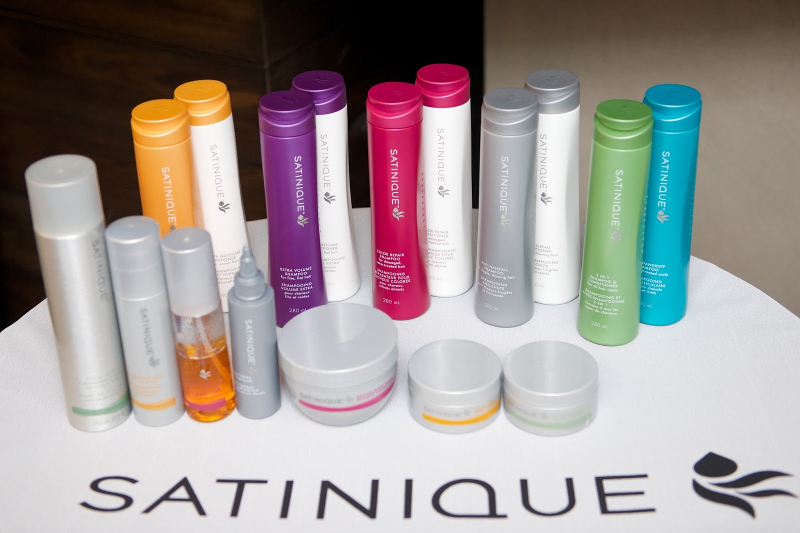 SATINIQUE Collection от AmWay.