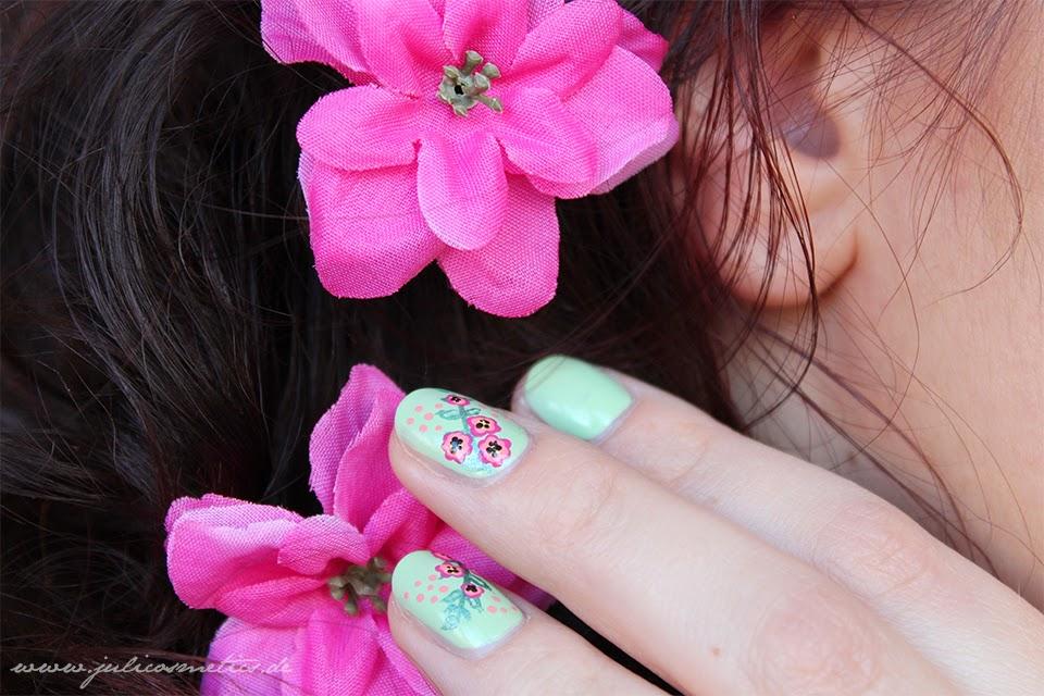 Fruehling Make-up & Nageldesign