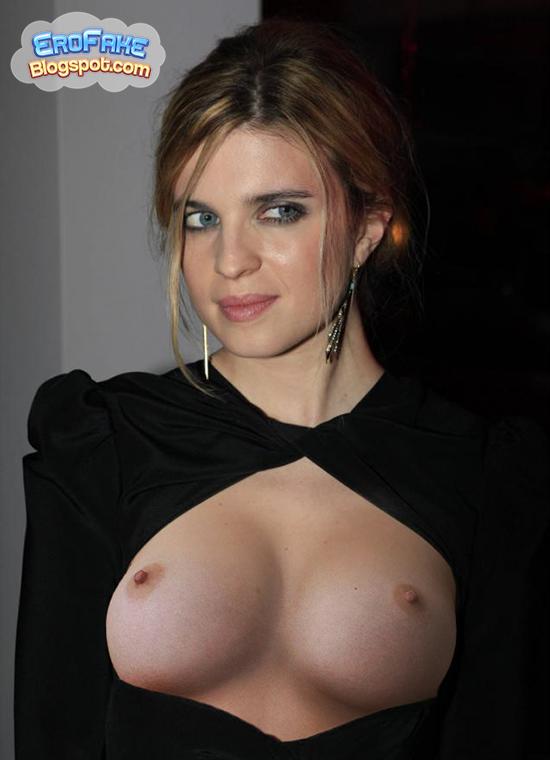 Cassel nackt Cécile  Rare Movies