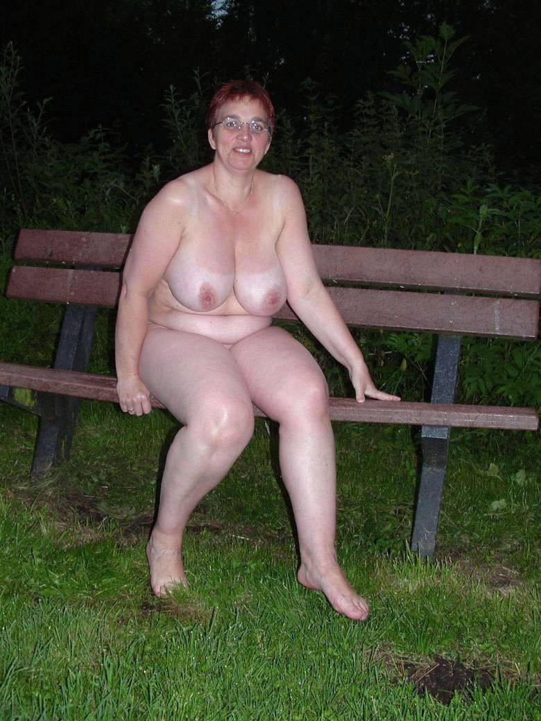 thick nude old women
