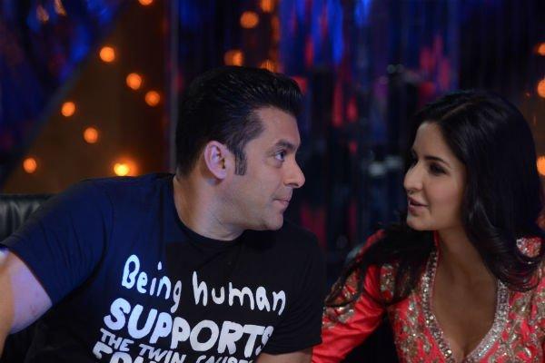 Bollywood Hollywood Gossips Addiction: Is Katrina married?