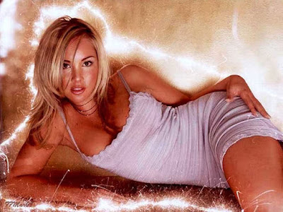 Candice Hillebrand Hot Gallery