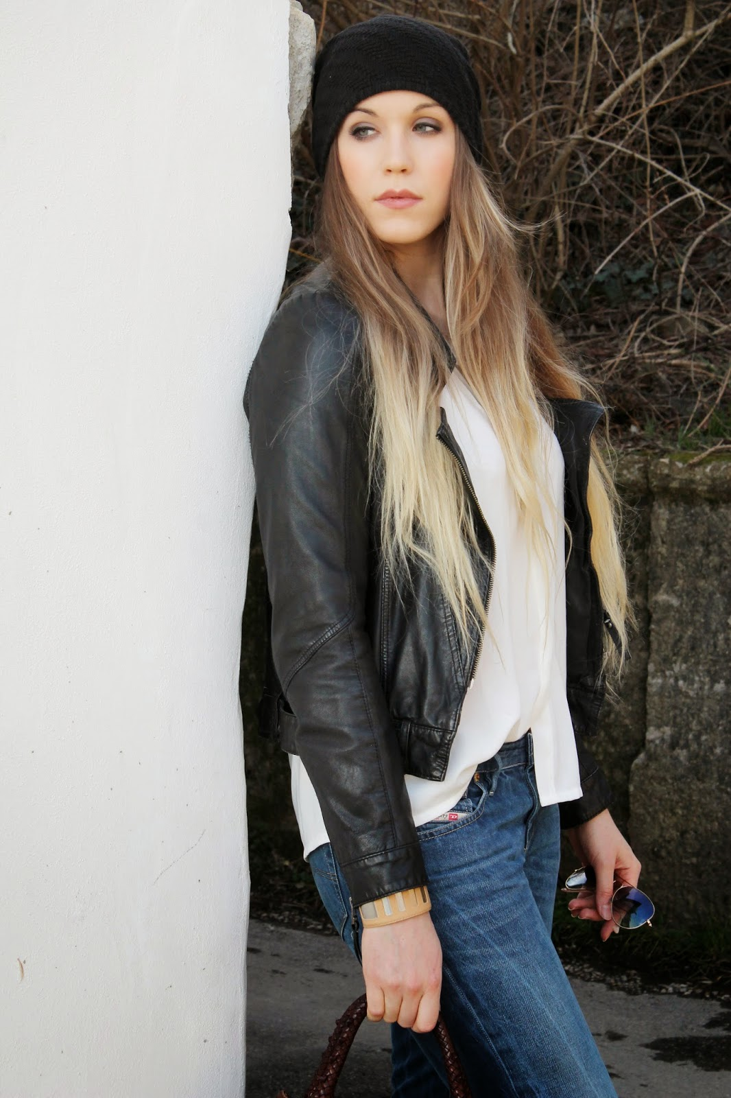 very long blonde ombre hair