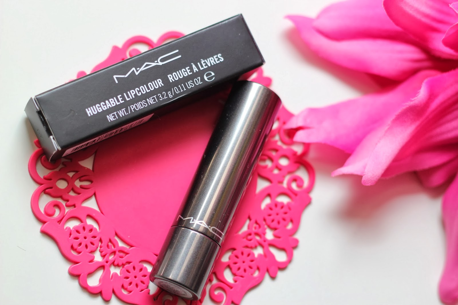 photo_MAC_huggable_lips_fuchsia_lovebeam