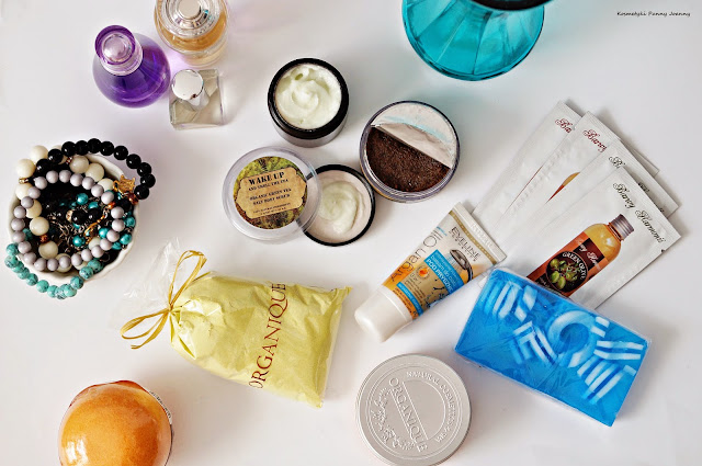 Olejki, balsamy, peeling do ciała, masła czyli o sposobach na szybkie nawilżanie skóry - nawilżanie ciała dla leniwych