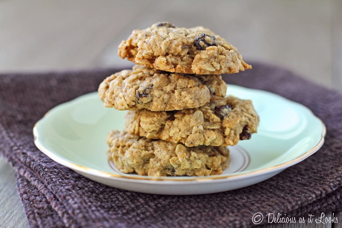 Oatmeal Optional-Raisin Cookies {FODMAP-Friendly, Gluten-Free, Vegan, Gum-Free}  /  Delicious as it Looks