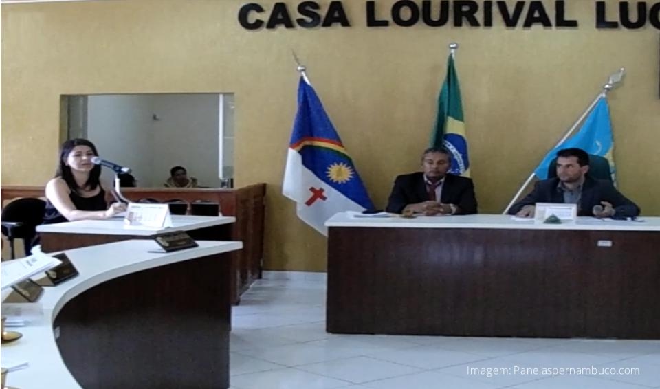 Vereadores de Panelas votaram o projeto de lei que doa terreno municipal para empresa de Cupira-PE