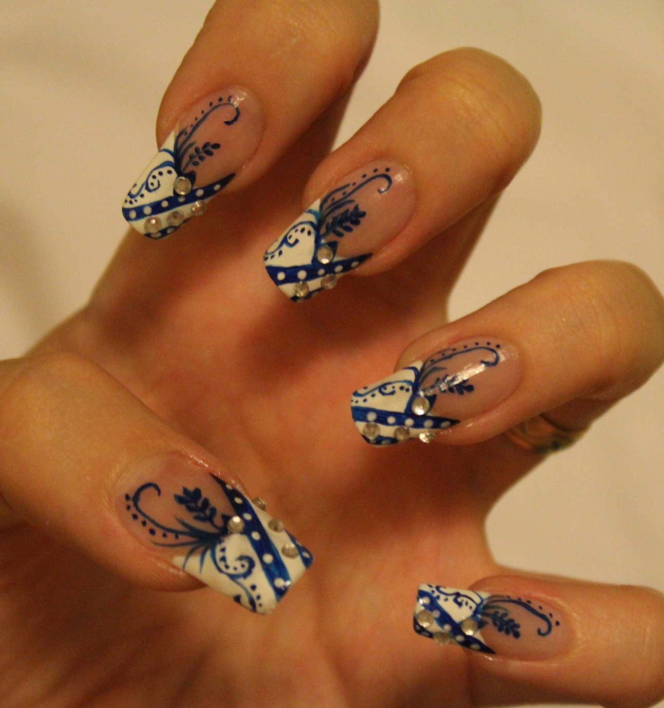 Feather Nail Design Tutorial