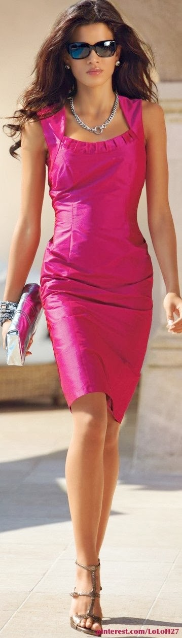 Sleeveless Pink Dress With Heel