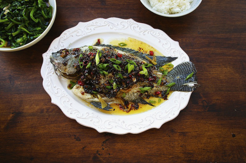 recipe: steamed fish with oyster sauce [19]