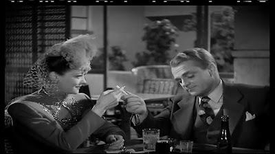 Cine clásico: Sangre sobre el Sol - 1945 - Imágenes
