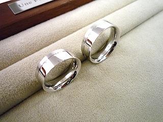 銀座オーダージュエリーサロンで人気のメンズ結婚指輪です。