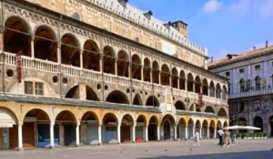University of Padua (Padua, Italia, Didirikan pada 1222)