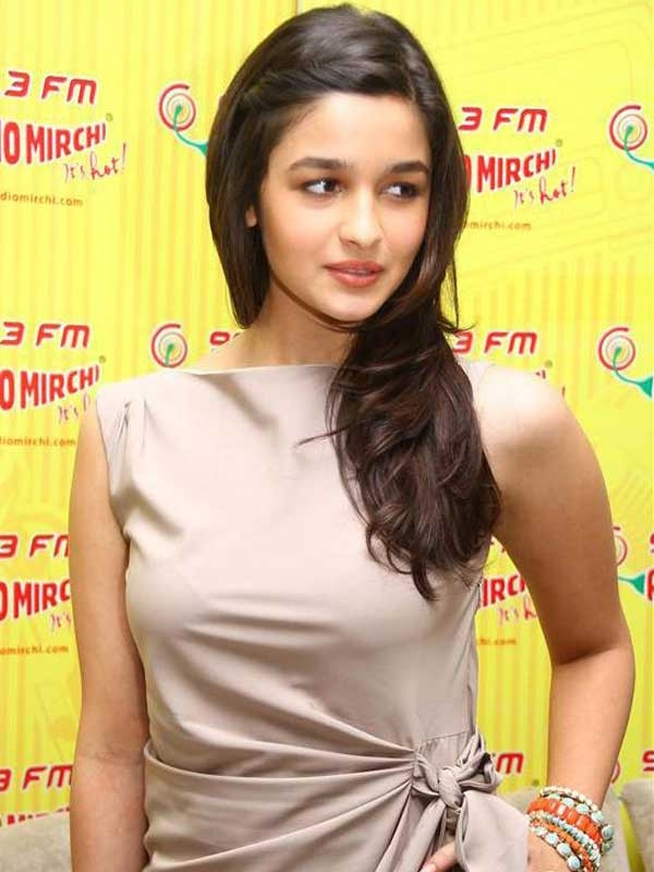 Amaizing Things!: HD ALIA BHATT PICTURES SEXY