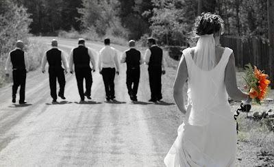 كيف تصطادين عريسا ؟؟!! - عروسة امرأة تطارد رجال عرسان -  bride woman chase a groom man