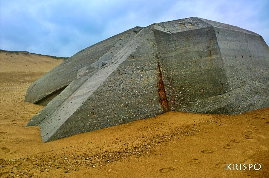 bunker enterrado en playa