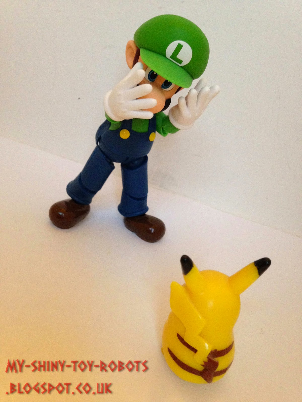 Luigi vs Pikachu