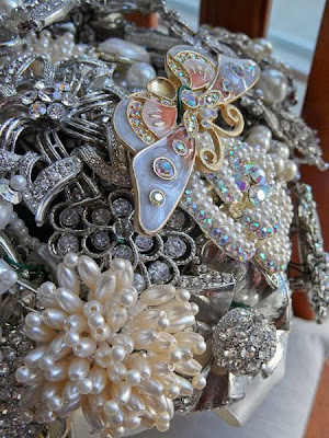 Glorious & Fashion Brooch Pics