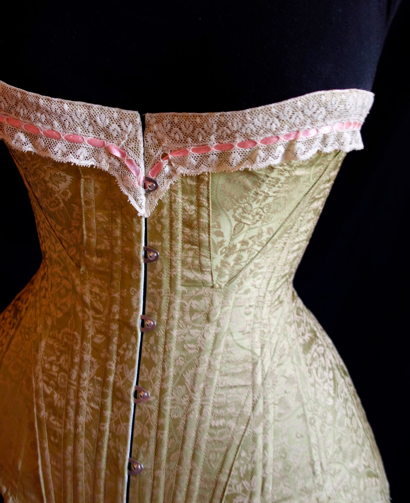 Festive Attyre: Edwardian corset and pattern review