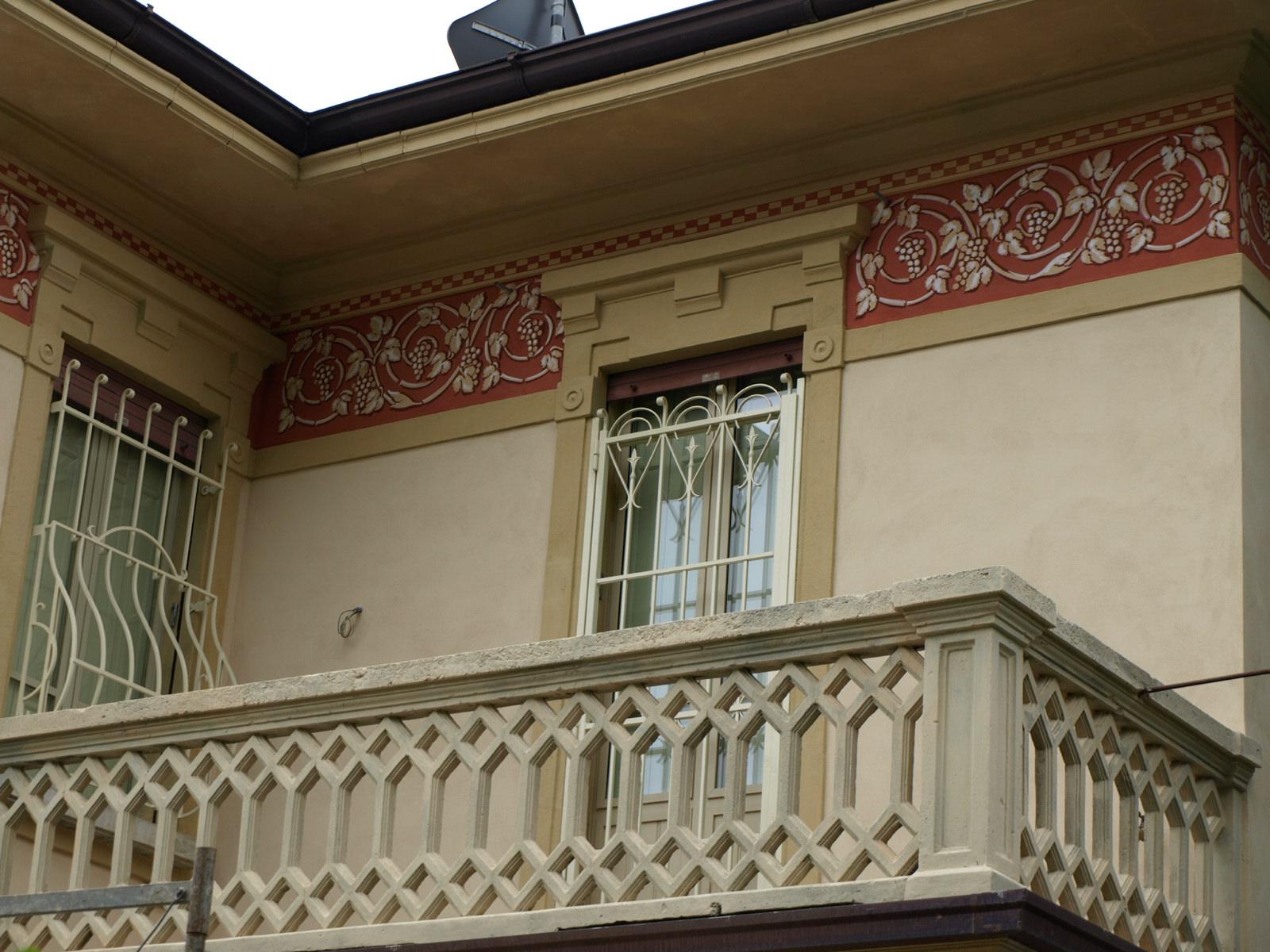 Laboratorio del colore decorazioni e tinteggi interni esterni - Decori per finestre esterne ...