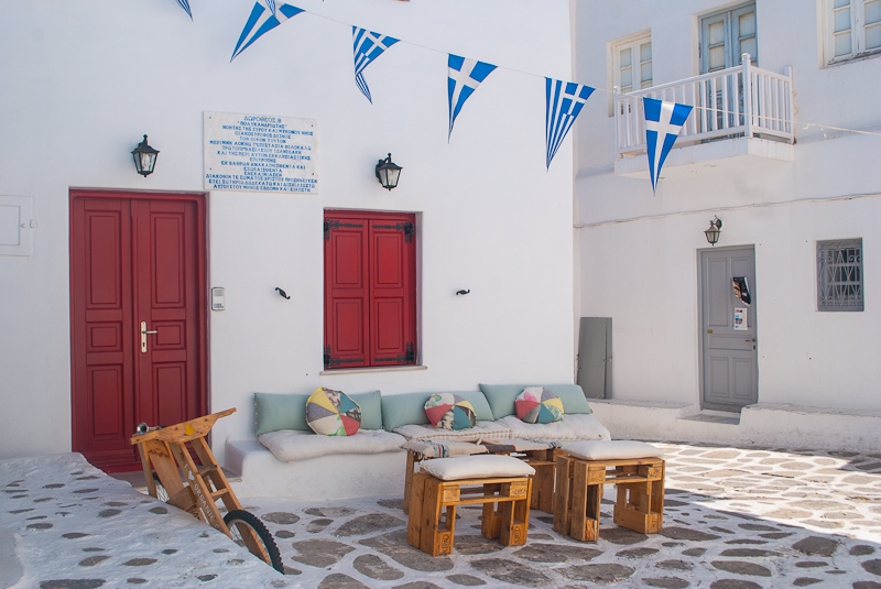 quirky cafe decorations in mykonos town