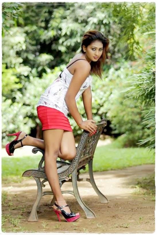 Srilankan Actress: Lankan Drama Actress Rekha Samanmali