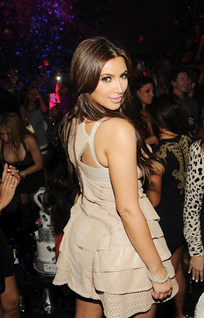 Kim Kardashian – Bachelorette Party at TAO Nightclub in Las Vegas