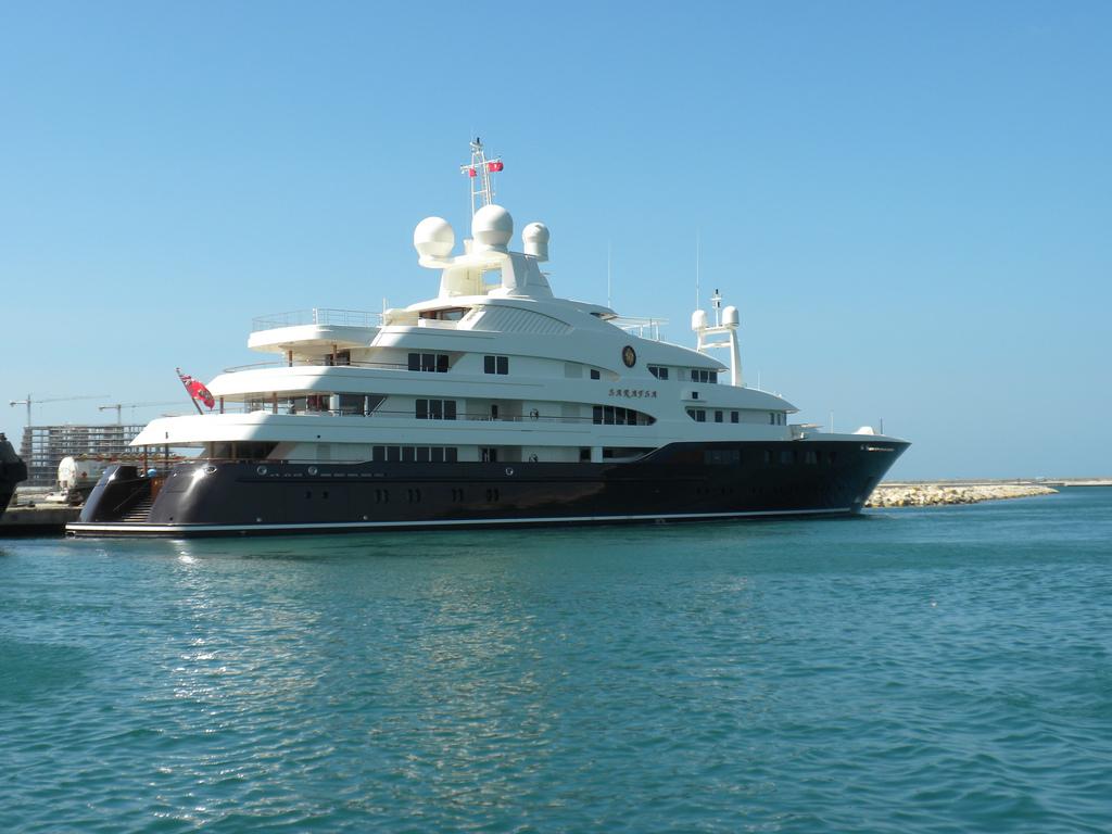 Megayacht SARAFSA Starboard