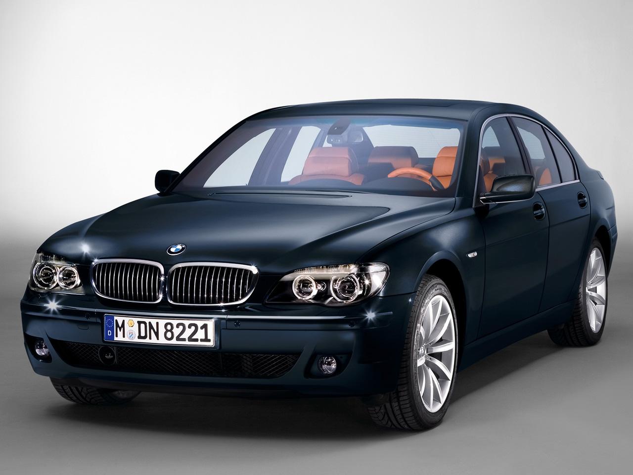 http://3.bp.blogspot.com/-V_HG0uTt5rA/TkGFQSgO6hI/AAAAAAAAKnM/Zr6I4_x_9Z8/s1600/BMW%20HQ%20Wallpaper%20(29).jpg