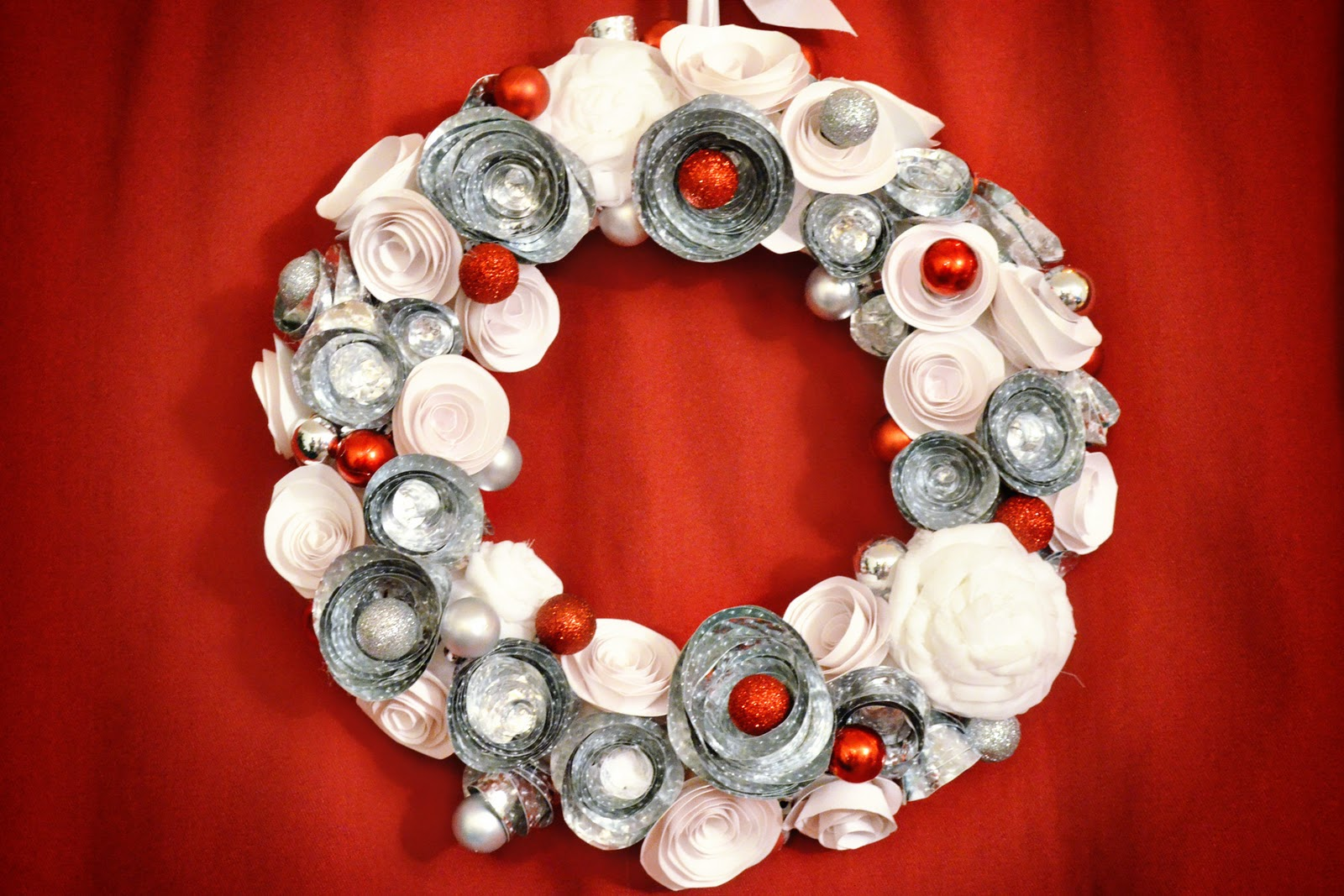 Simply Albany Winter paper flower wreath