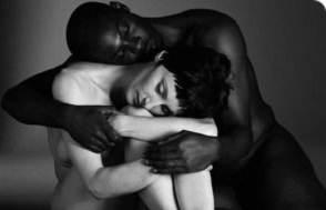 hacer el amor interracial gay