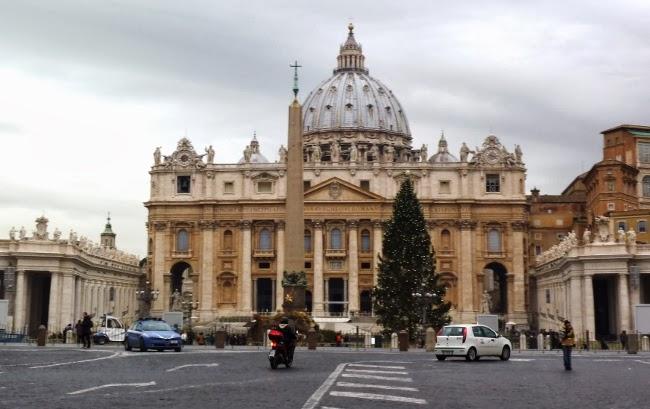 Les tr sors du vatican lady breizh les tribulations d for Exterieur chapelle sixtine