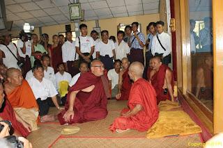 Shwe Nya Wah Sayadaw – သာဓုုေက်ာင္းမွ ထြက္ခြာရျပီ