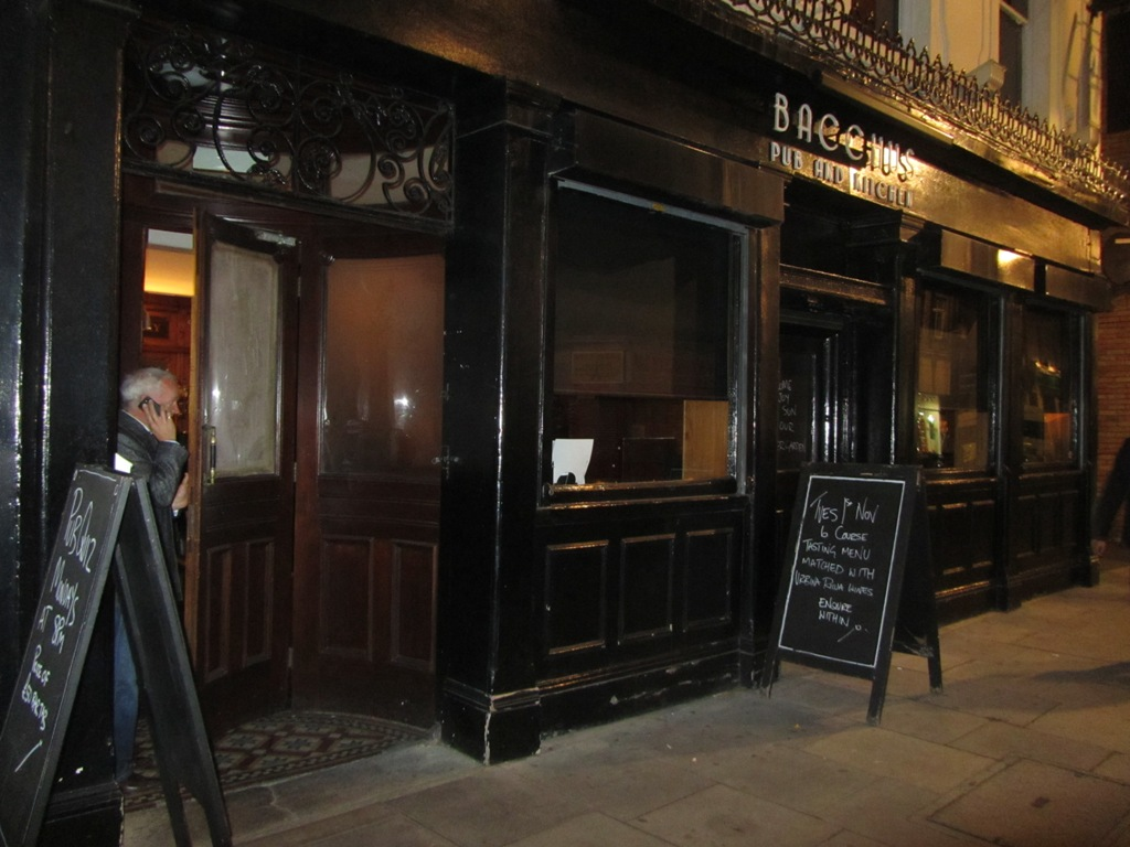 Bacchus Pub And Kitchen In Hoxton Street London
