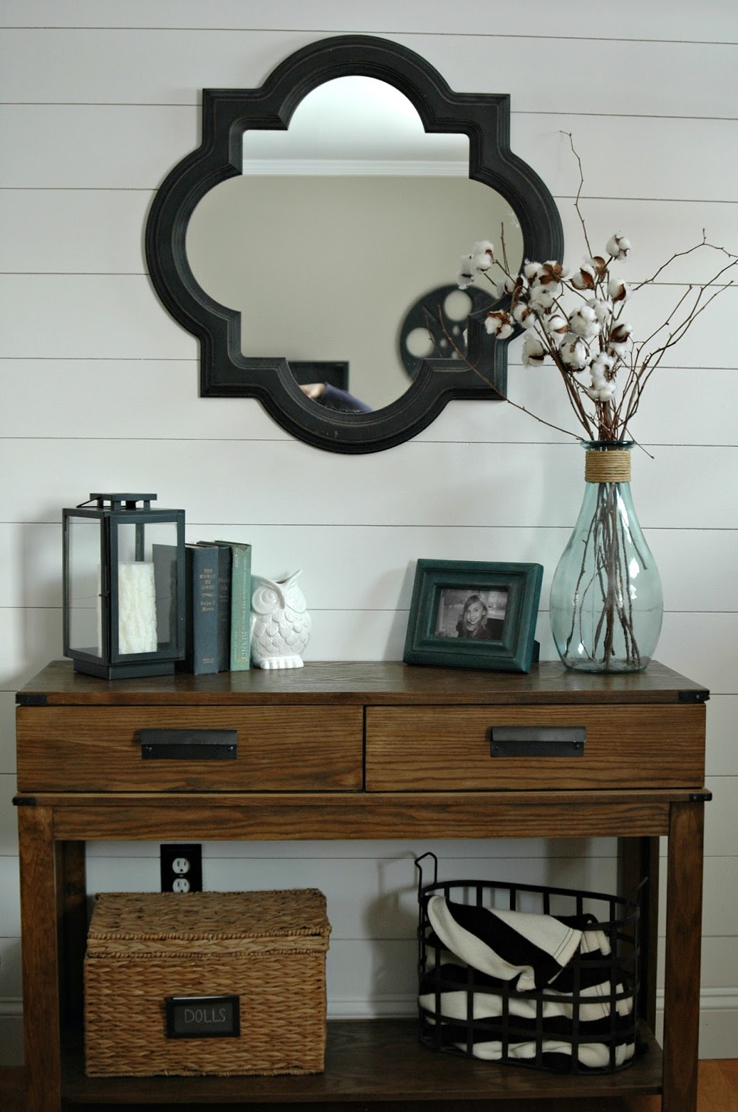 Foyer Table Decor : Most popular posts of  little house four