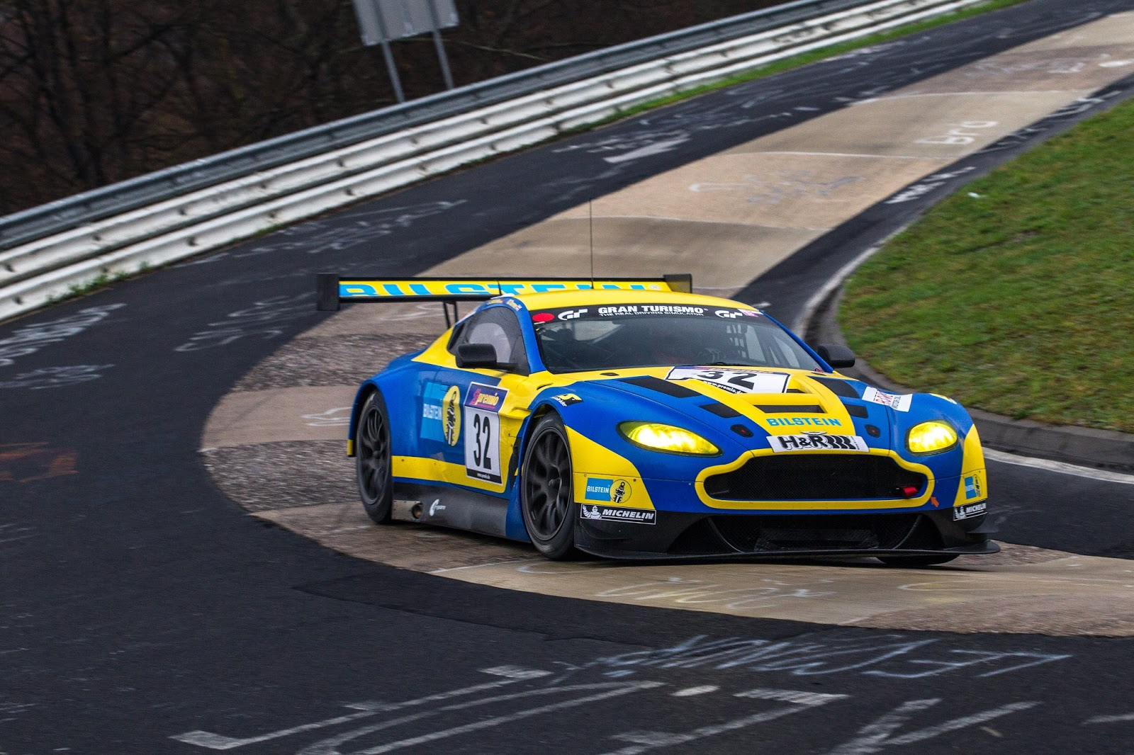 Aston Martin Racing Bilstein Vantage GT3 Ready To Take On Th E 24 Hours Of  Nürbur Gring | The Advantage