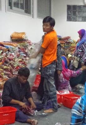 Ladang Strawberi, Gubug Makan Mang Engking, Factory Outlet Jalan Riau, Rumah Kain