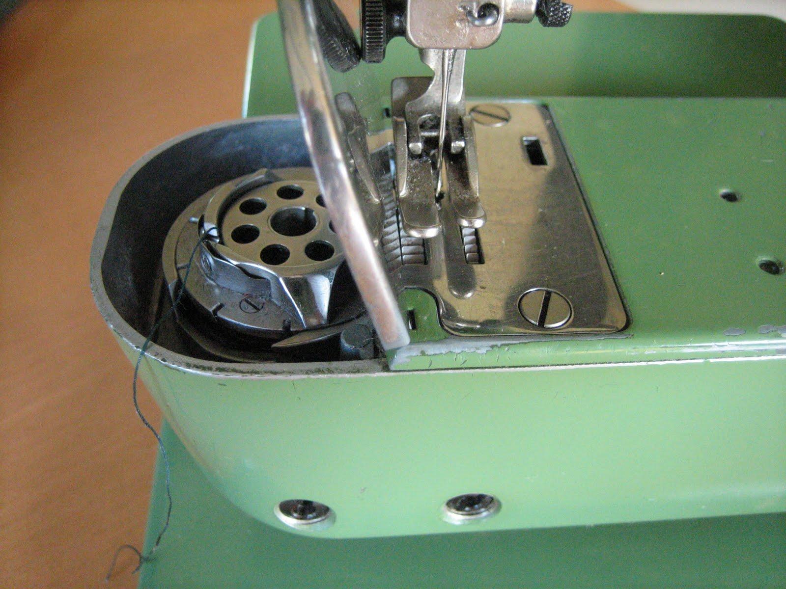 pedaling sewing machine