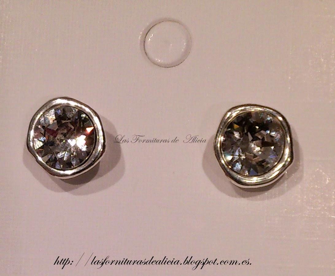 9a897f1cf40c Pendientes de zamak con swarovski crystal.