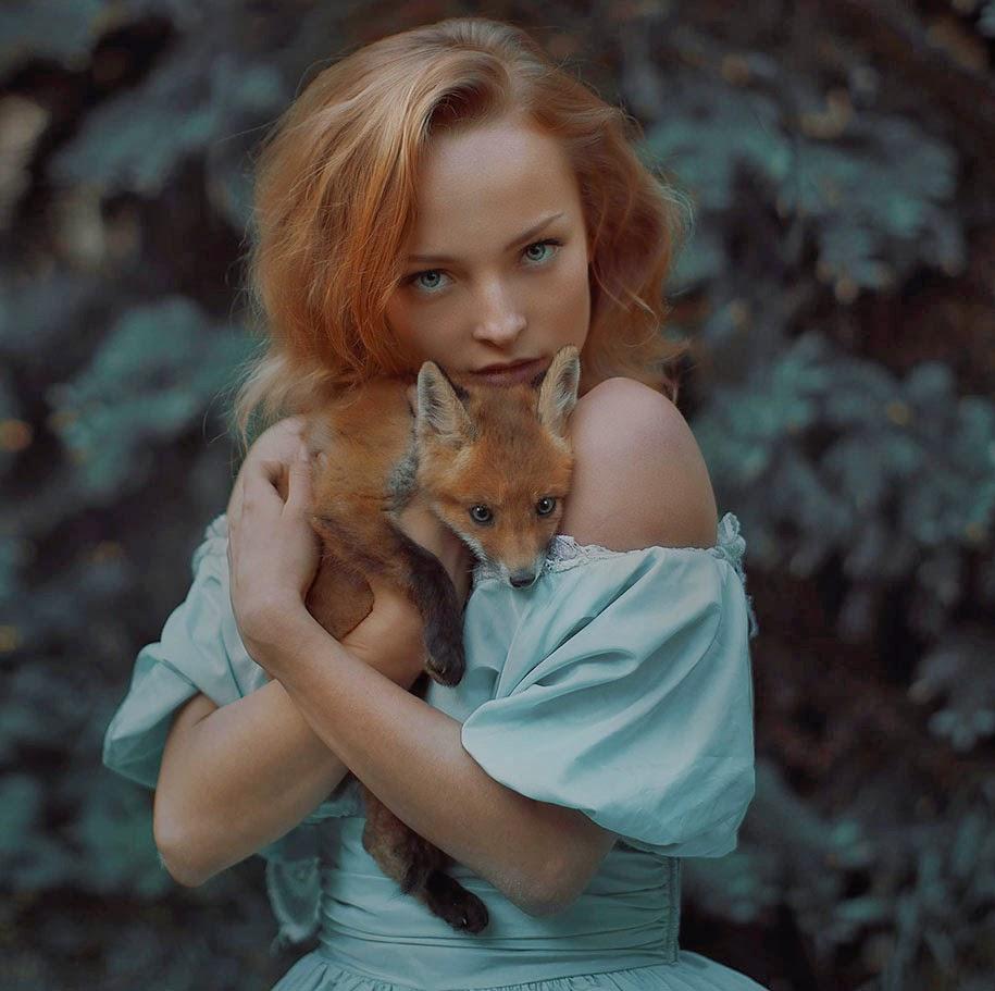 human and animal pose by Katerina Plotnikova
