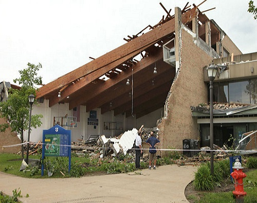 Ursuline_College_Ohio_tornado_damage_photo