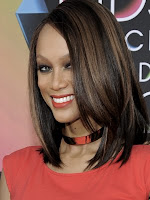 5 Celebrity Sharing Tips & Tricks of Their Beauty: Tyra Banks