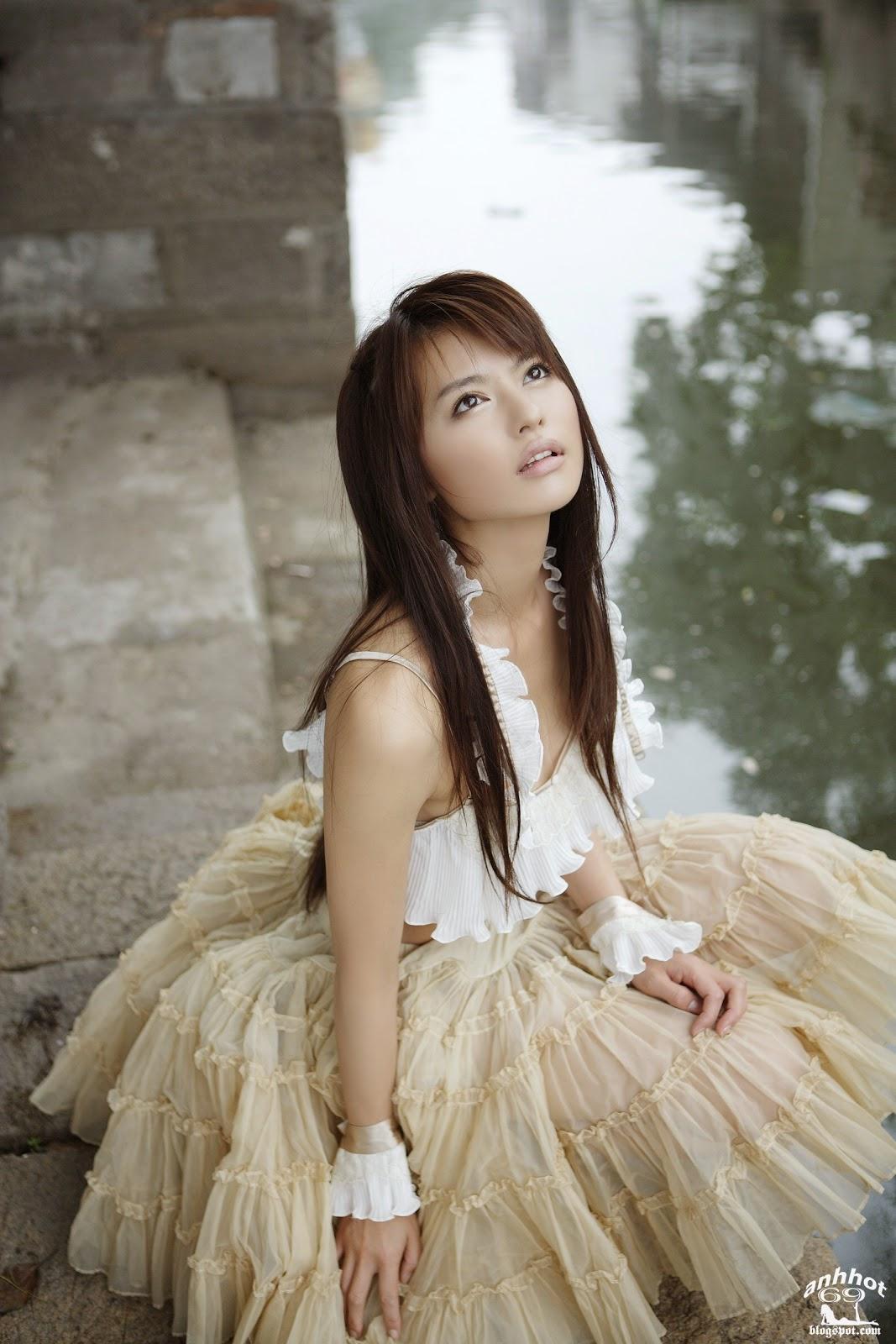 yuriko-shiratori-00499780