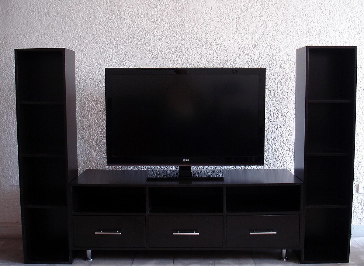 El outlet del gabinete muebles para tv for Modelos de muebles para televisor