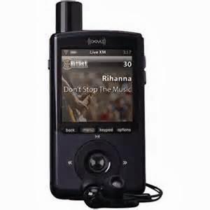 Sama dengan beragam Dock & Play, Anda bisa mengambil radio satelit portabel nyaris dimana saja. Portables datang dengan baterai isi lagi serta terpasang, antena kerap - besar, hingga Anda bisa membawa mereka keluar jalan atau dimana juga Anda mau pergi, namun mereka barangkali tak muat di saku Anda untuk MP3 player Anda tak