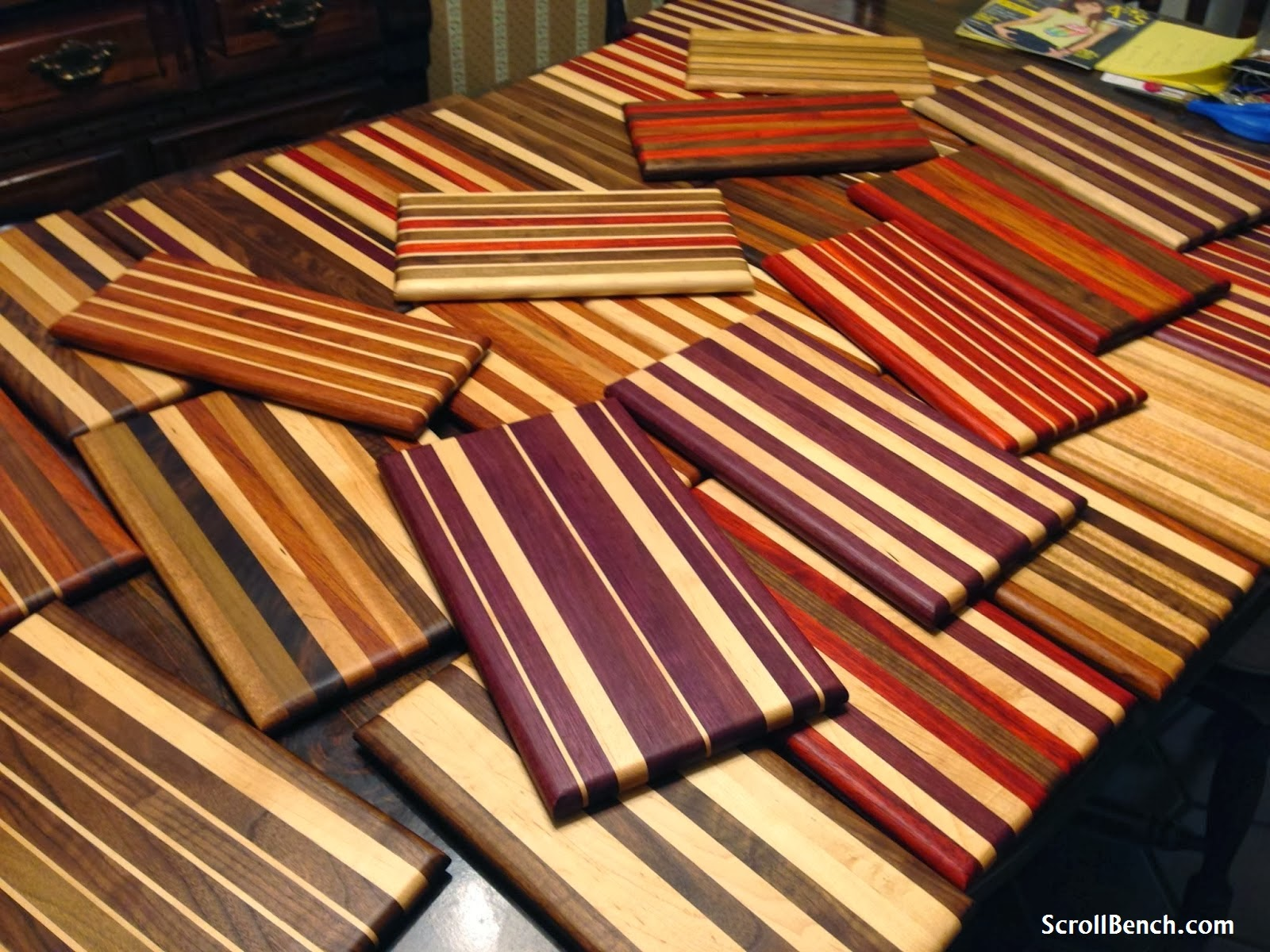 Scroll bench making of exotic hardwood cutting boards
